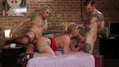 Dominating TS assfucking MILF in threesome