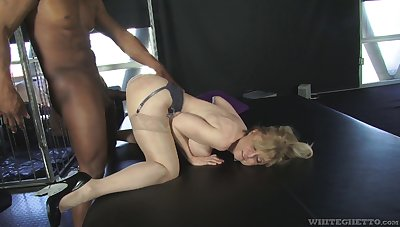 Heavy racked mature bitch Nina Hartley loves sweltering interracial sex