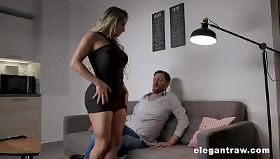 Thick thighed MILF with huge tits and fat ass having sex after a day-dreamer date