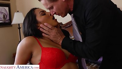 Hottest Latin babe Adrianna Luna gives a great blowjob and gets her muff fucked