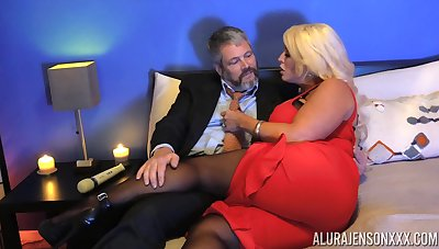 Unusual clothes-horse in pantyhose fucks bodacious woman Alura Jenson